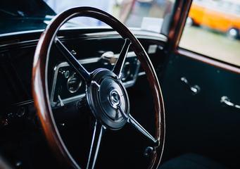 Antique Wooden Classic Car Steering Wheel