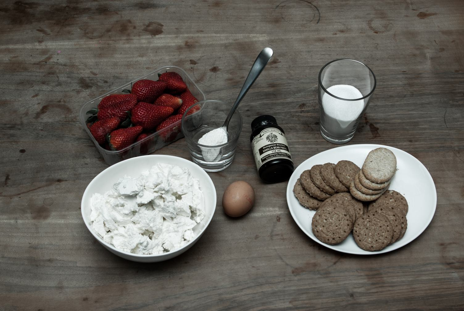 Ingredients for Homemade Cheesecake with Strawberries