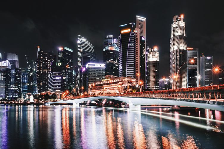 Makansutra Gluttons Bay in Singapore by Night