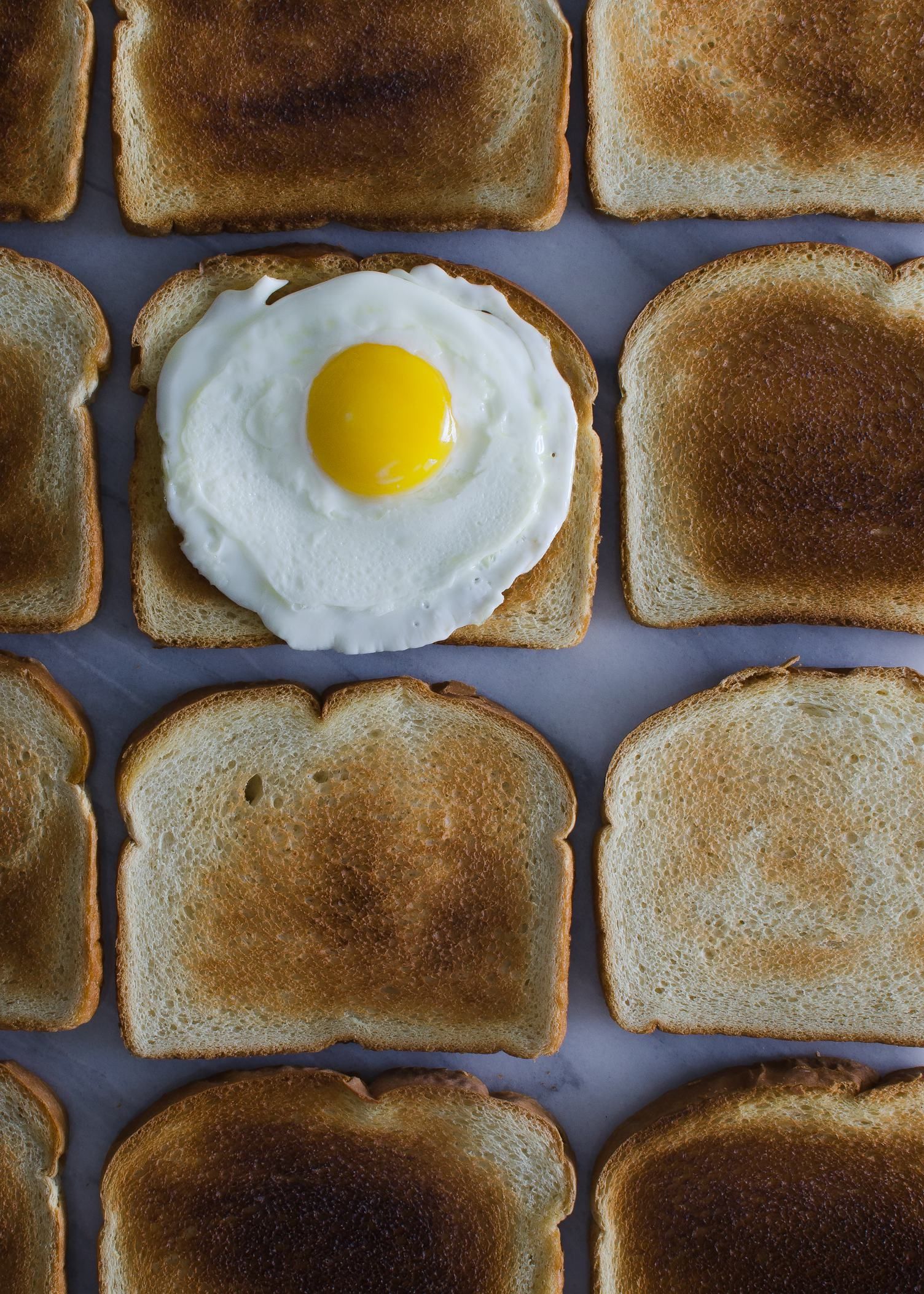 Crunchy Toasts with Fried Egg