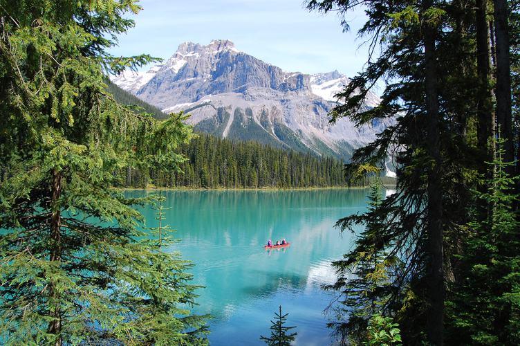 Canoe Trip on Emerald Lake, Yoho National Park, Canada