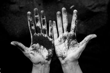 Dirt Hands