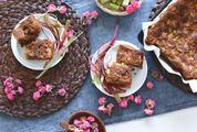 Rhubarb cake Table Composition