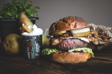 Burger with Bacon and Pears