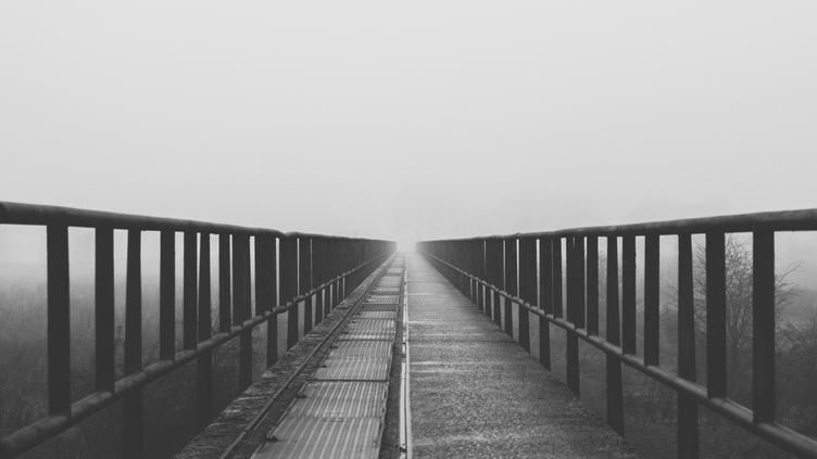 Black and White Endless Bridge