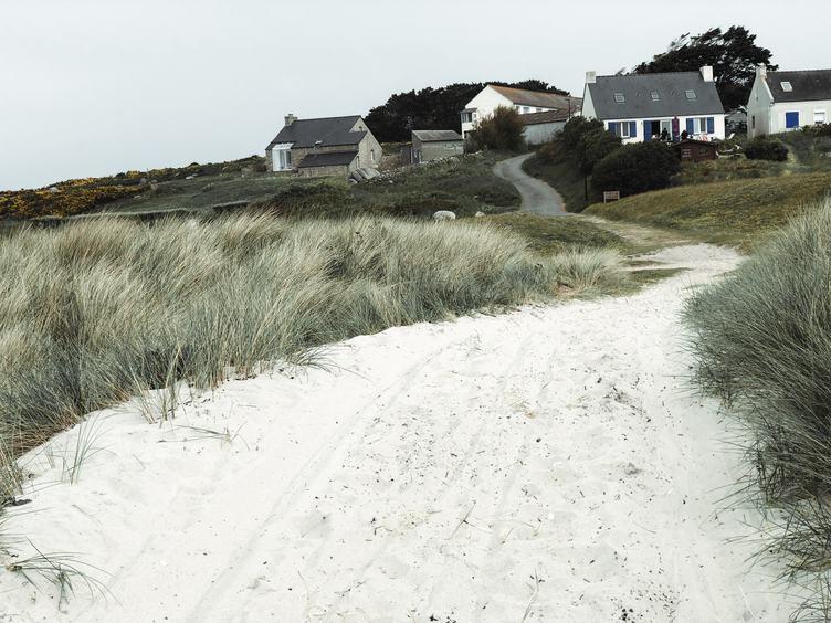 Ile de Batz Sand Path