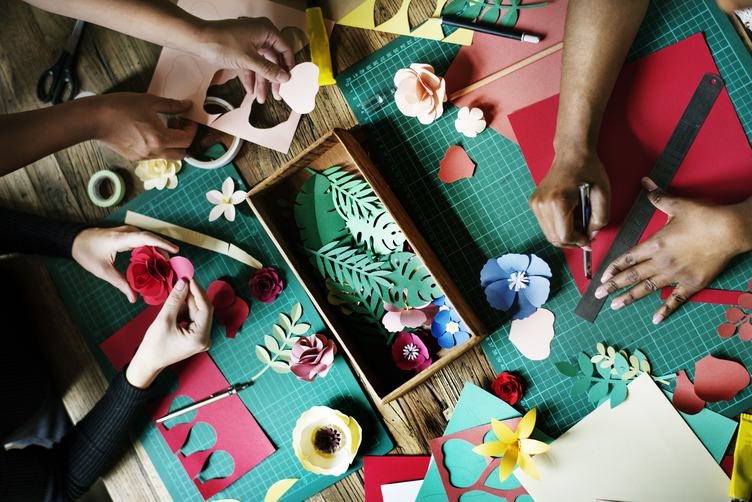 Creative Crafts - Making Paper Flowers