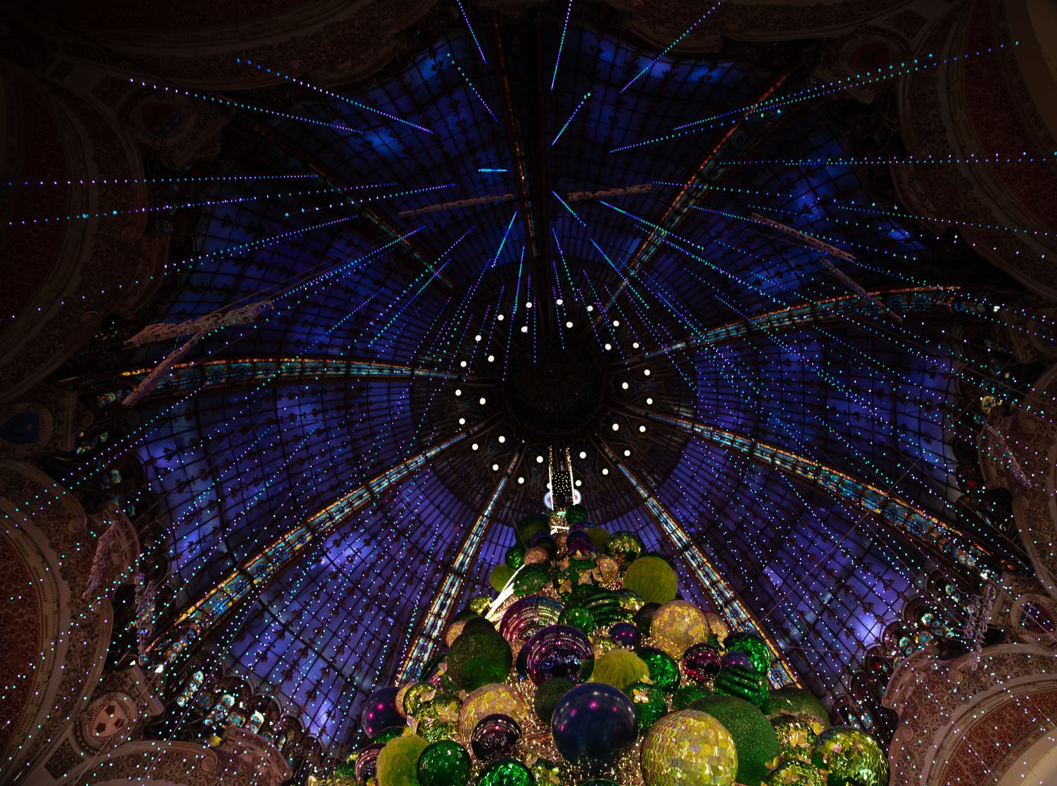 The Magic of Christmas in Galeries Lafayette