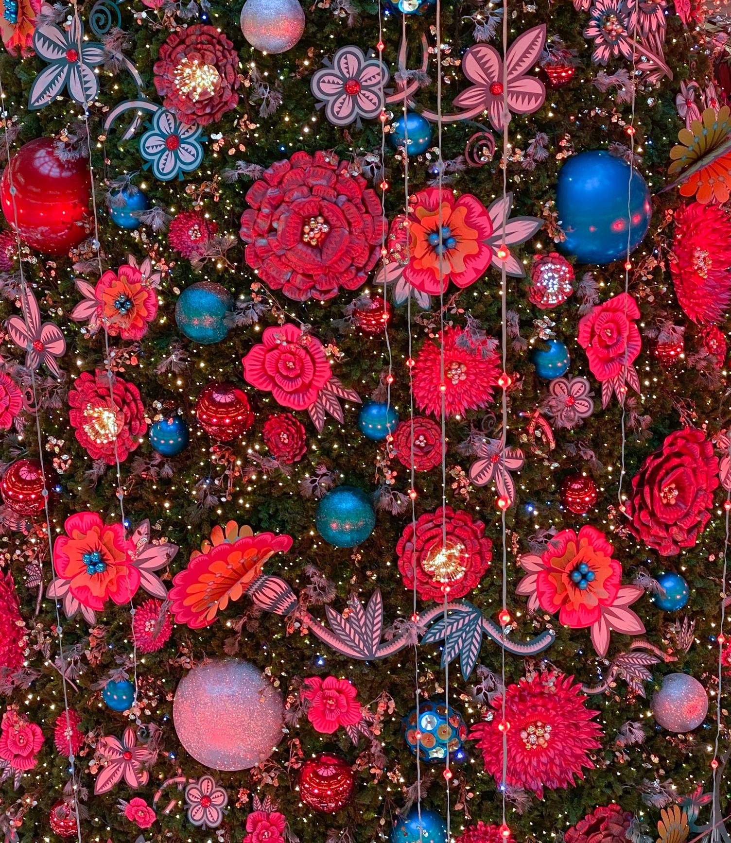 Floral Glitter Pattern