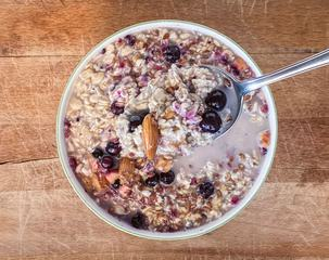 Porridge with Almonds and Dried Fruit